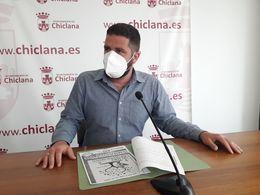 Delegado de medio ambiente en la presentación de la propuesta